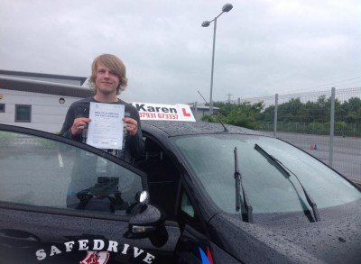 Zac took one of our Intence Courses in ShrewsburyHappy Passed 1st time in Shrewsbury