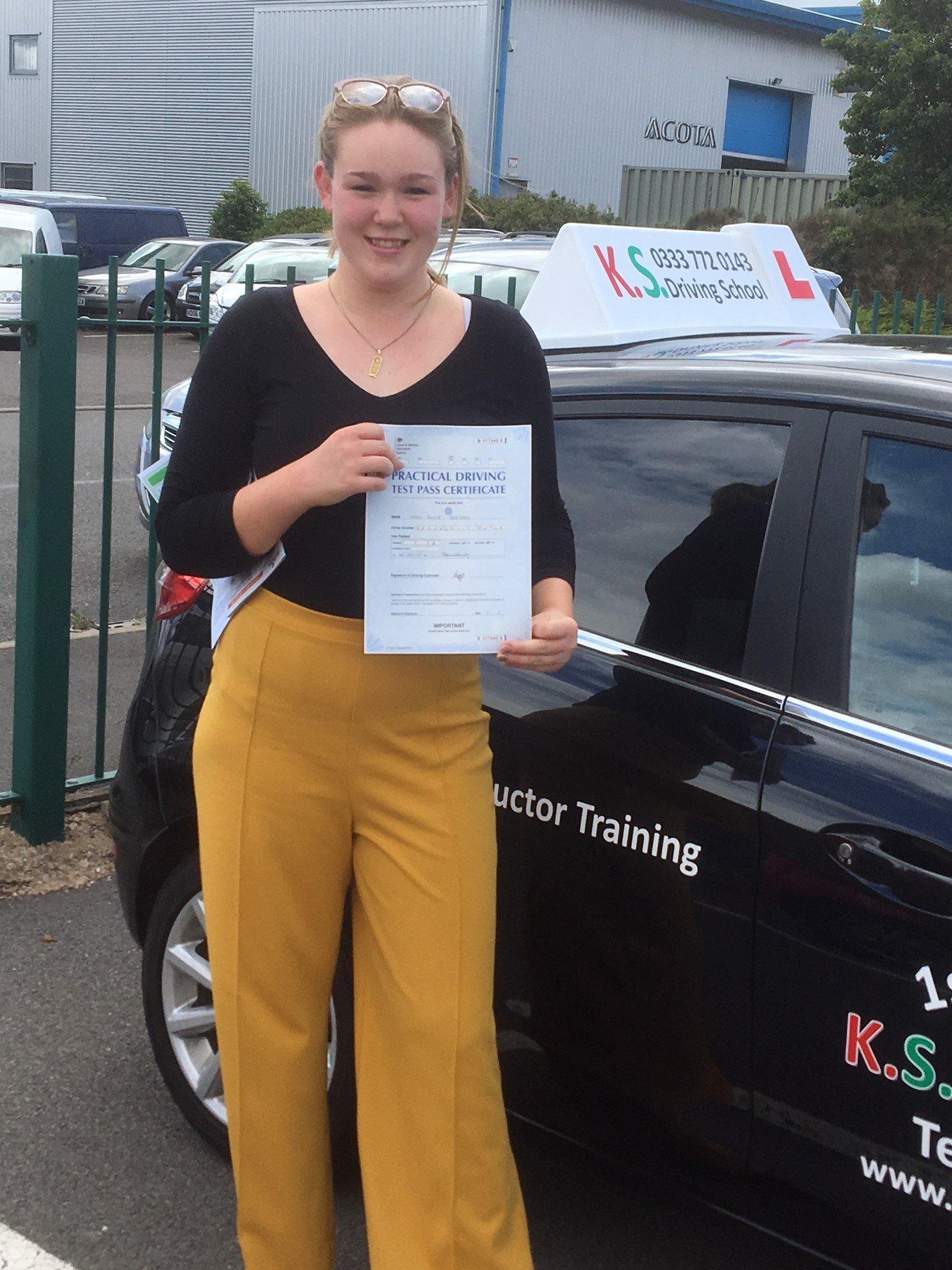 Driving Test Pass in Shrewsbury for Elle Deegan