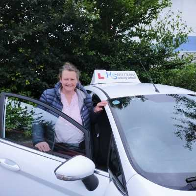 Vanessa Marmont K.S. Driving LESSONS Minsterly Pontesbury Shrewsbury
